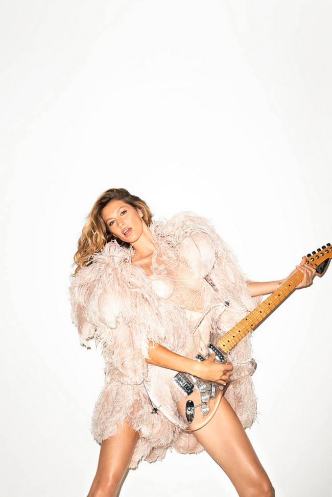 daft-punk-gisele-bundchen-by-terry-richardson-for-the-wsj-magazine-4
